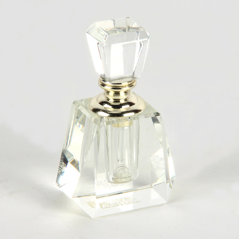 Elegant Crystal Perfume Bottle With Square Top